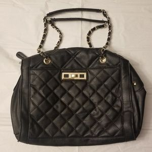 💕Black Quilted Bag